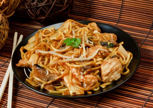 Receta de Chow mein de pollo