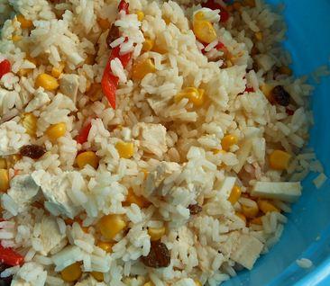 Ensalada de pollo, arroz y choclo