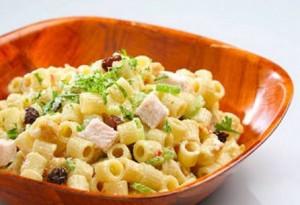 Ensalada fria de pollo y pasta