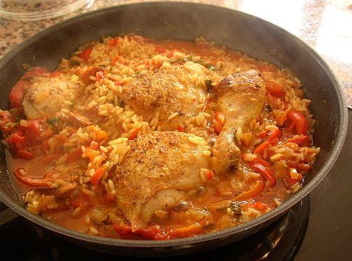 Estofado de pollo y arroz