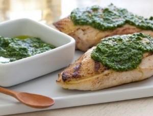 Pechugas de pollo en salsa de espinacas
