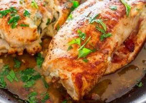 Pechugas de pollo rellenas con jamón serrano y queso