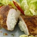 Pechugas de pollo rellenas con queso especiado