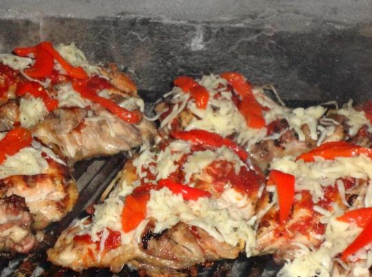 Pollo a la pizza a la parrilla