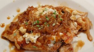 Receta de Pollo con cebollas caramelizadas