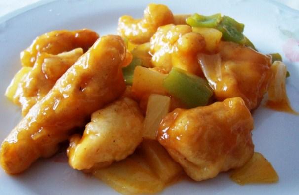 Pollo con salsa de damascos