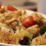 Pollo frito con salsa de ajo