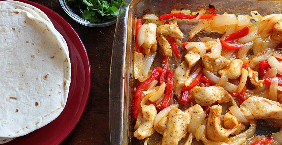 receta de Pollo horneado para fajitas