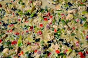 Relleno de empanadas de pollo con cebolla de verdeo