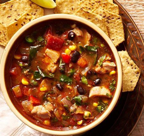 Receta de Sopa de pollo y frijoles negros