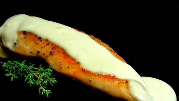 pechugas en salsa de roquefort
