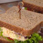 Sándwich de pollo y zanahoria